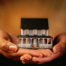 Це вже занадто, коли одержувач кредиту на житло повинен віддати грошей, як за 2 квартири