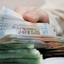 Національний банк почав потроху піднімати гривню