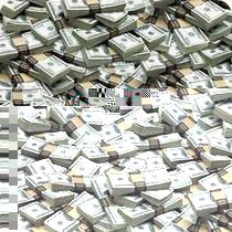 Нацбанк рекордно знизив курс гривні до долара