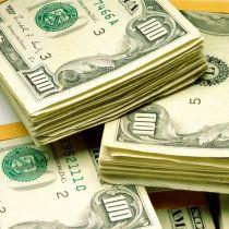 Доллар набирає вагу.