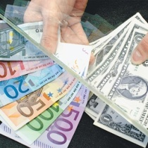 долар євро валюта
