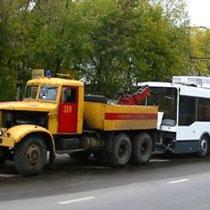 Краз переїхав пішохода тролейбусом