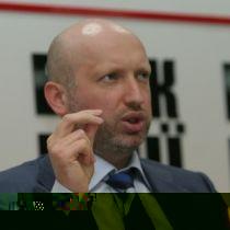 Штурм Нафтогазу! Турчинов агітує співробітників СБУ не виконувати «злочинний наказ»