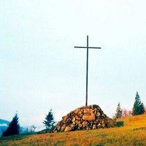 На щастя, декому ще рано ставити хрест на житті