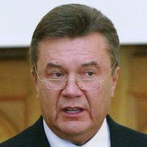 Жертва кортежу Януковича досі без свідомості.