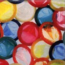 Криза: розмітають консерви і презервативи