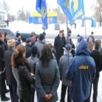 Зимові забави козака Швайки: на підтримку кандидата прибув Олег Тягнибок та інші народні артисти