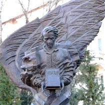 Шевченкознавець Микола Семенюк спростував міф щодо кількості пам'ятників Тарасу Шевченку