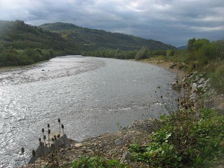 Розчищення річки Харків знову відкладається на потім. У деяких районах очікуються паводки