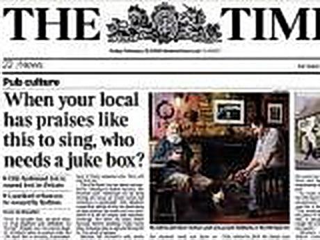 У Харкові відбулась зустріч з відомим британським журналістом, одним з редакторів газети The Times Майклом Бініоном
