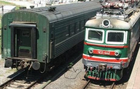 Адміністрація залізниці вимагає з провідників виторговувати з кожного пасажира щонайменше 3,9 грн. і змушує працювати у вихідні