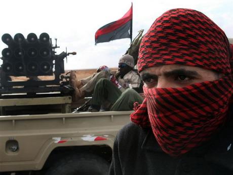Повстанці висловили розчарування несвоєчасністю миротворчих дій НАТО в Лівії