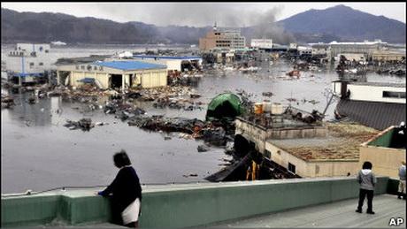 Новий землетрус в Японії спричинив проблеми на трьох АЕС. Очікується нова хвиля цунамі