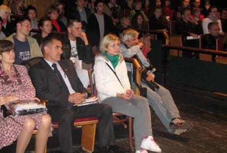 У Харківській книгарні «Є» відбулася презентація збірки творів Олександра Ірванця