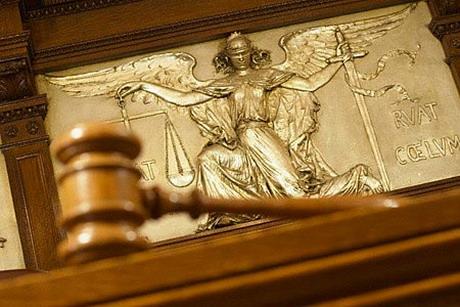 Громадський суд міста Харкова у справі руйнування міського електротранспорту визнав винними Геннадія Кернеса та Сергія Почепецького