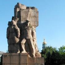 У Харкові монумент Незалежності буде споруджений на місці «Героїв революції»