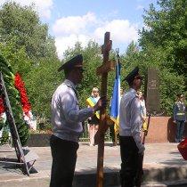 В Лозовій на кладовищі перепоховали військовополонених Другої світової війни