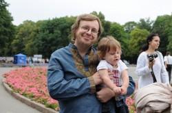 За ініціативи «Молодої Просвіти» та Громадянської ініціативи «Оновлення країни» в Харкові відбулась перша вишиванкова хода. Захід був доповнений бойовим гопаком, капоейрою і чудовим концертом