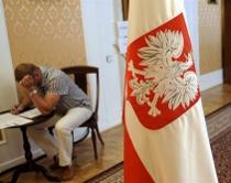 Полегшити, пом'якшити, прискорити - Польща готує новий закон про статус іноземців. Країні бракує працівників та платників податків