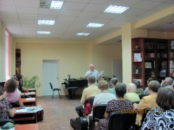 У Харкові відбувся творчий вечір актора, поета і юриста Олександра Приймака