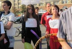 У Харкові відбувся черговий пікет проти закриття трьох опозиційних каналів АТН, А/ТВК, «Фора»