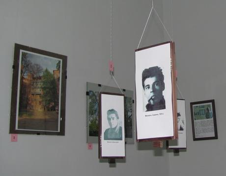 Нагадуємо, сьогодні останній день виставки «Літературні дворики Харкова»