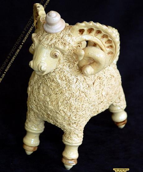 У Харкові триває ювілейна виставка робіт сумської майстрині народних ремесел Лариси Кириченко