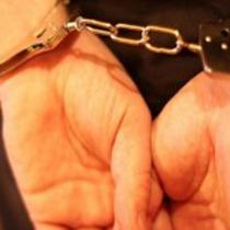 У Дніпродзержинську зек зґвалтував дев'ятикласницю. Міліція збирається посадити її матір