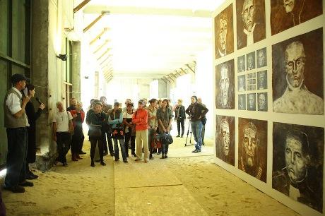 """Інший Донбас: Фонд культурних ініціатив """"Ізоляція"""" перетворить мертвий донецький завод на креативний арт-майдан"""
