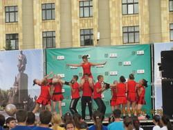 Кубок Чемпіонату Європи з футболу прибув до Харкова (ФОТО)