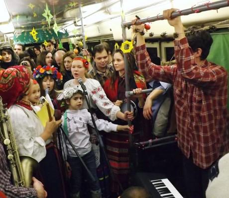 Нескінченні кола радості:  Різдвяний Трамвай у Харкові