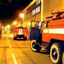 У Харкові сьогодні вночі горіла дев'ятиповерхівка – пожежники евакуювали 16 людей