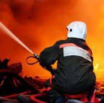У Чугуєві під час пожежі, яка виникла через закорочення саморобного електрообігрівача, загинуло двоє людей