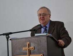Федір Турченко вітає учасників конференції