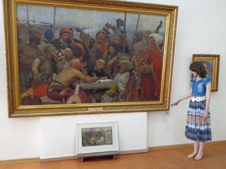 Харківський художній музей тепер використовує QR-коди для зчитування мобільниками інформації про картини