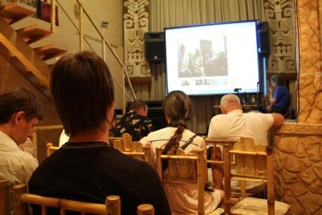 Чия ж неволя краща?  Відкрита  загальноукраїнська  дискусія  «Майдану»  про тоталітарні режими