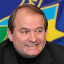 Харківські друзі Віктора Медведчука блукають між важкими політичними і легкими тілесними ушкодженнями