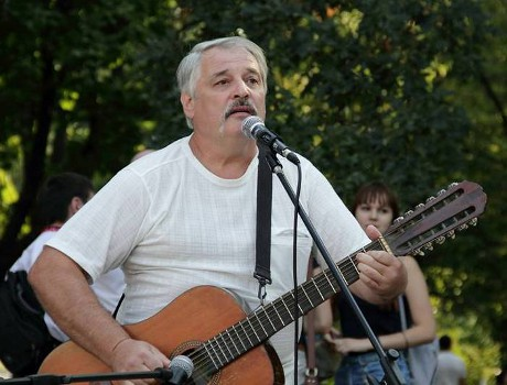 Микола Воловик: «Пісню не переб'ють. Її все одно дослухають»