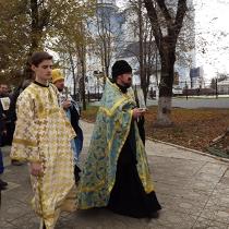 """""""Не треба нам ні еллінів, ні  іудеїв ..."""". В Луганську група православних християн молилася проти вступу до Євросоюзу"""