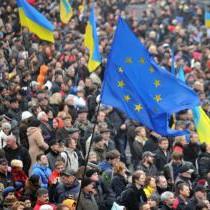 Луганчан закликають  вийти на майдани  4 грудня