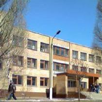 Донецьких вчителів у грудні  відправляють у відпустки. Чиновники заперечують