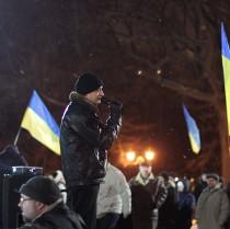 Забужко, Карпа, Капранови та Андрухович відвідають харківський Євромайдан