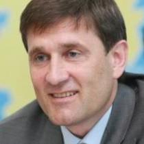Донецькій владі Євромайдан не заважає. І зарплати, і затримки у неї за графіком