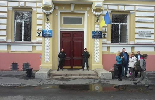 Суддя Садовський захворів через страх перед Тимошенко