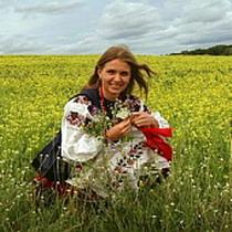 Портрет українця: скільки їдять, працюють і кохаються