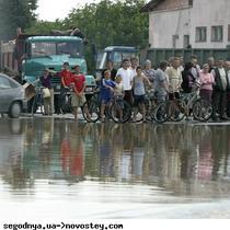 На Буковині розпочалася термінова евакуація людей