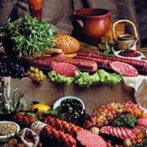 Де в Україні виробляють неякісні ковбаси, сир і масло. Список фірм