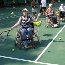 У Харкові відкрито першу в Україні секцію великого тенісу для інвалідів-колясочників