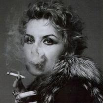 Жінки, які палять, – страшні та погано пахнуть (фахівці)