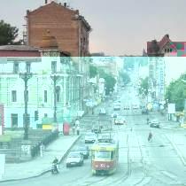 трамвай на вулиці
